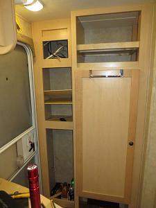 Closet door swing the other way After.jpg