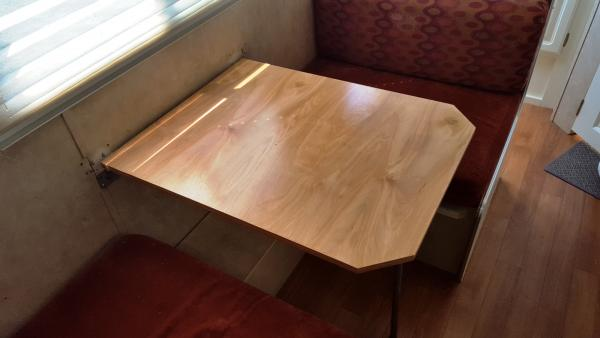 New Dinette Table 006